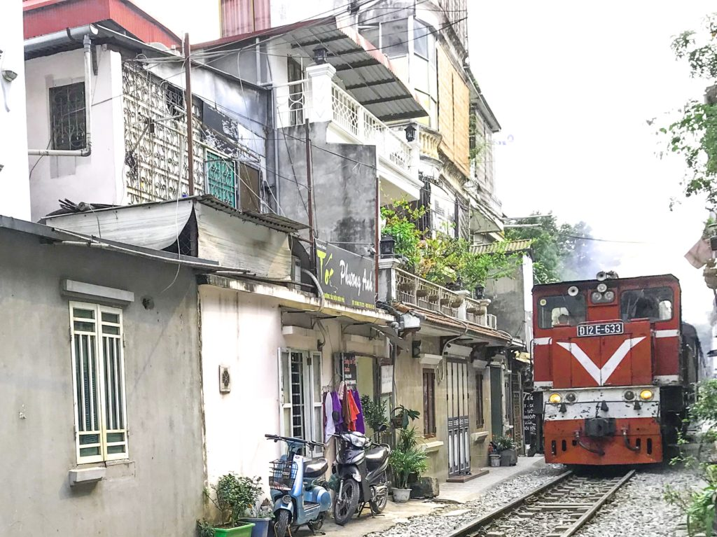 Hanoi tog gennem byen