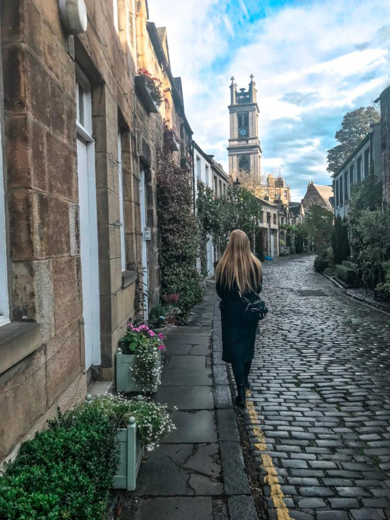 Edinburgh circle lane