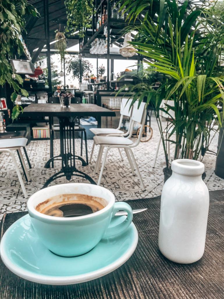 Kaffe og morgenmad i Riga